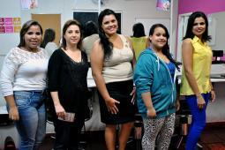 Cenaic realiza workshop de maquiagem com produtos Mary Kay