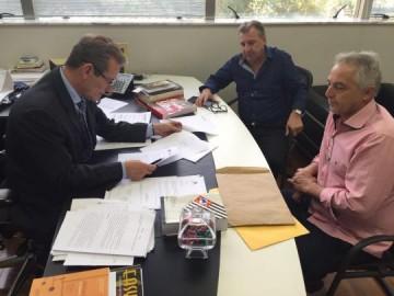 Deputado Ed Thomas recebe of�cios do diret�rio do PSB