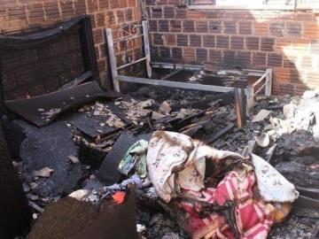 Homem suspeito de atear fogo na casa da ex � preso em flagrante