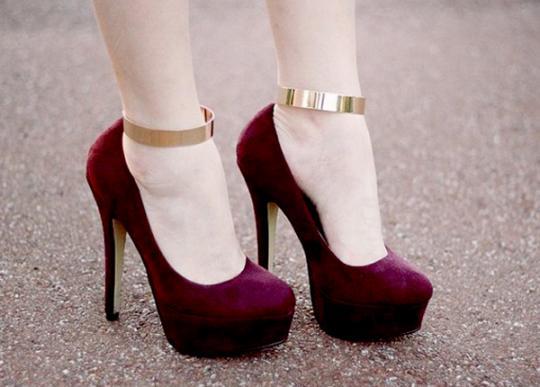369d348ac ... da moda passada está voltando nos últimos tempos não é mesmo?! E vamos  combinar que é cada tendência mais linda que a outra. Como algumas  sapatilhas ...