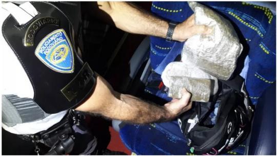 6a6705afa REGIONAL -Durante fiscalização na Rodovia Raposo Tavares (SP-270), em  Presidente Venceslau, policiais do Tático Ostensivo Rodoviário (TOR)  abordaram um ...